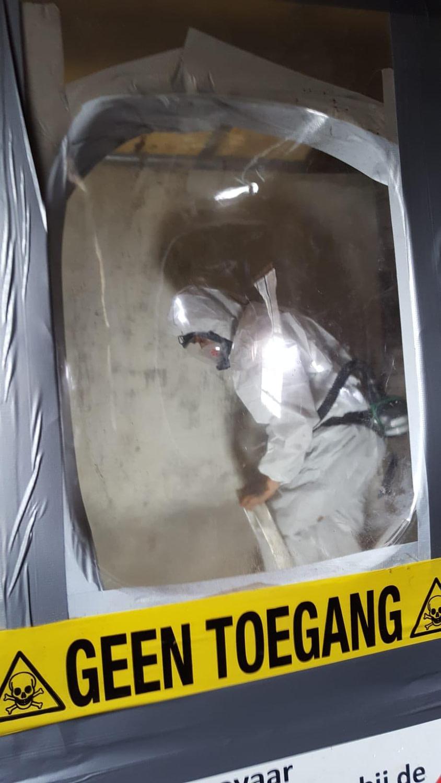 geen toegang zonder beschermmiddelen asbest